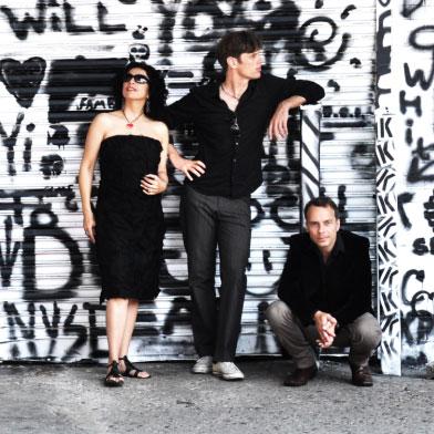 Paula Morelenbaum – Bossarenova Trio 05/03/2020 21.00
